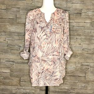 Camber & Grace blush and cream blouse